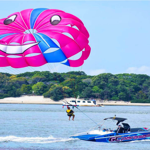 30 Minute Jet Ski Safari plus Parasailing and a Photo Package for Two