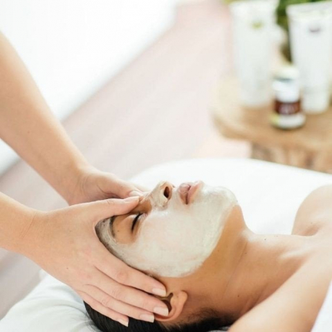 Treatment of your Choice: Relaxing Massage or Organic Facial
